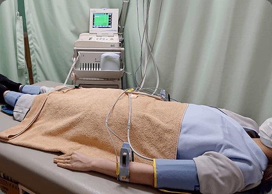 血管伸展性検査の様子